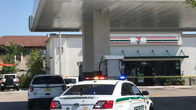 Lee sheriff's deputies investigate a robbery at a 7-Eleven convenience store on College Parkway at Whiskey Creek Drive in south Fort Myers