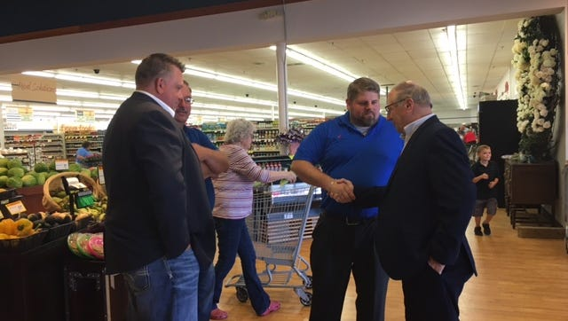 Mayor Eugene Parkison and city leaders officially welcomed Main Street Market owner Jason Potes to Lexington Friday during a grand opening and ribbon cutting ceremony by the Richland Area Chamber of Commerce.
