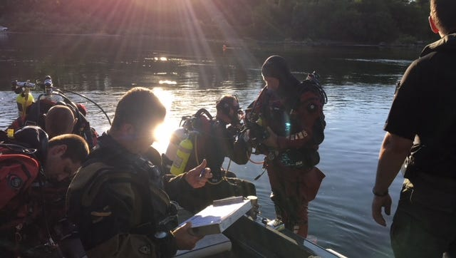 Crews are searching for a 68-year-old California man who went missing in the Willamette River near the Wheatland Ferry.