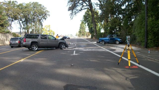 OSP responded to a crash Monday morning on Highway 99E in Linn County.