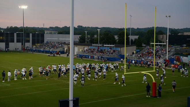 The Titans hold a night training camp practice at Saint Thomas Sports Park on Monday, Aug. 7, 2017.