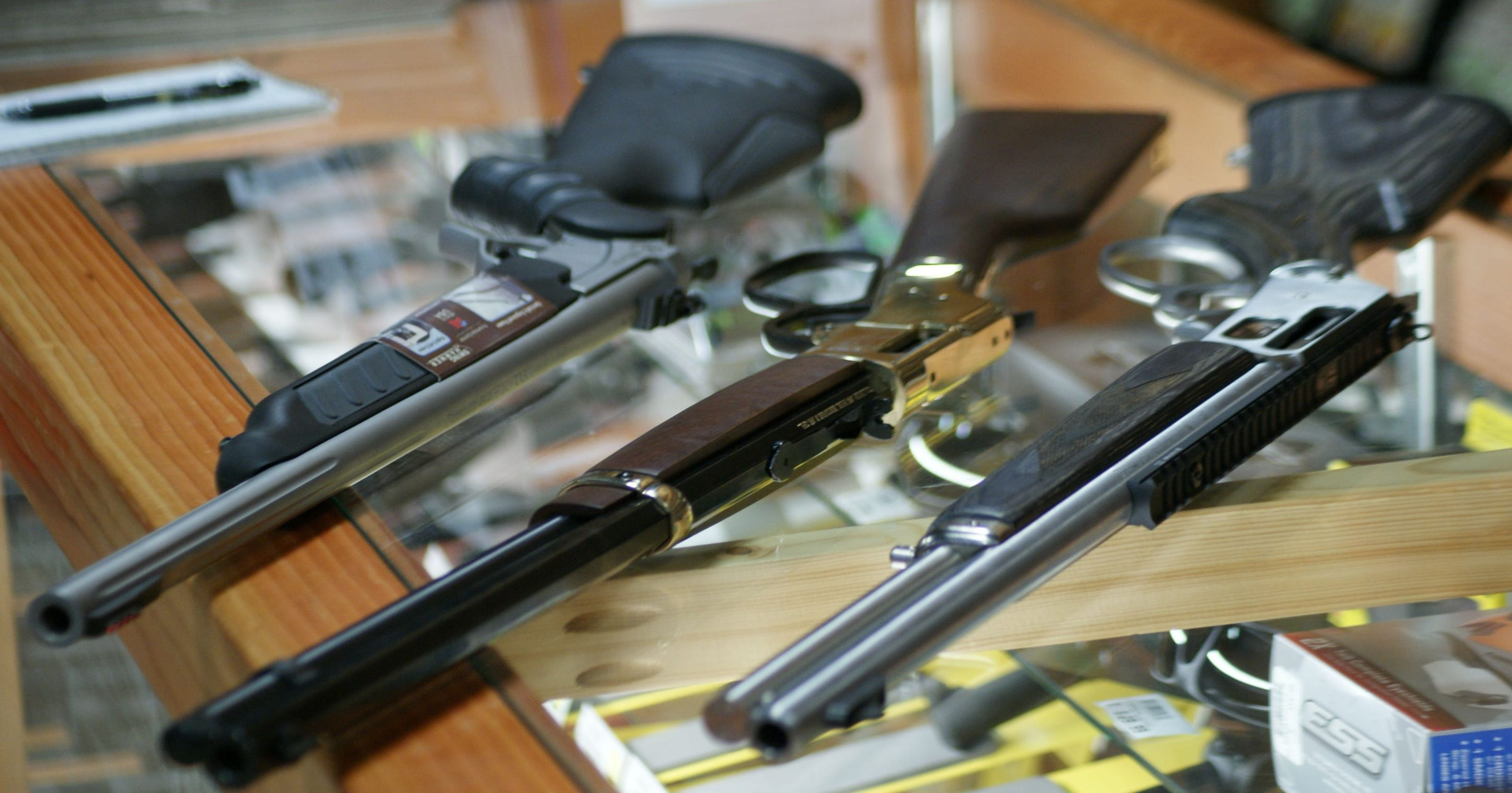 Straight wall cartridge rifle law has Iowa hunters, gun
