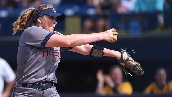 Makayla Martin (29). Auburn softball vs ETSU during