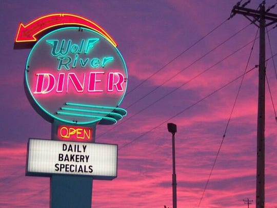 The Wolf River Diner returned in Fremont.