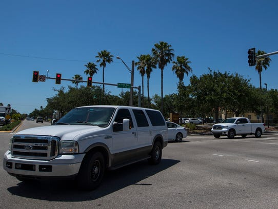 Vehicles approach Cape Coral Parkway traveling east