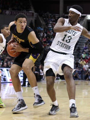 Ben Simmons, left, appeared in the 2014 Bass Pro Tournament of Champions with Montverde Academy (Montverde, Florida).