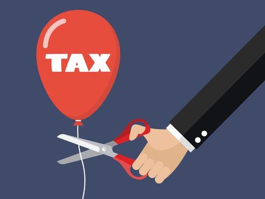 Arizona Legislature about to cut taxes (again)