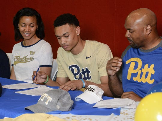 Trey McGowens, who played basketball at Wren High School