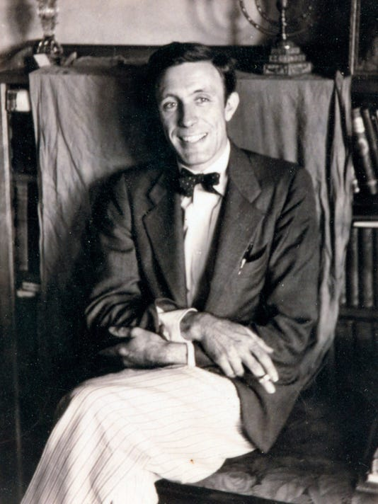 Tony-Lord-c1930-Pack-Library-NC-Collection-L471-53.jpg
