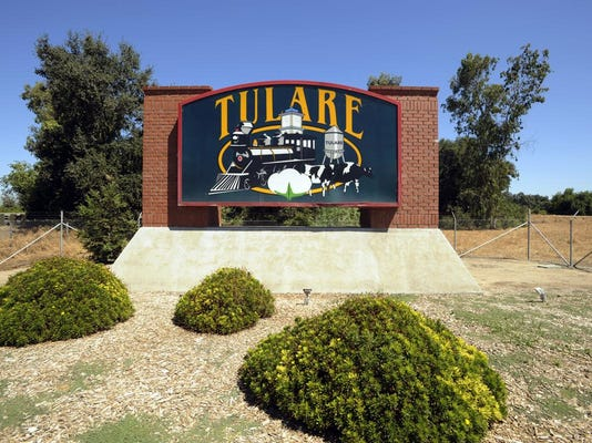 tulare welcome sign