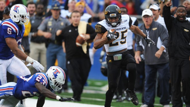 Southern Miss running back Ito Smith breaks loose on a touchdown run Saturday at Louisiana Tech.