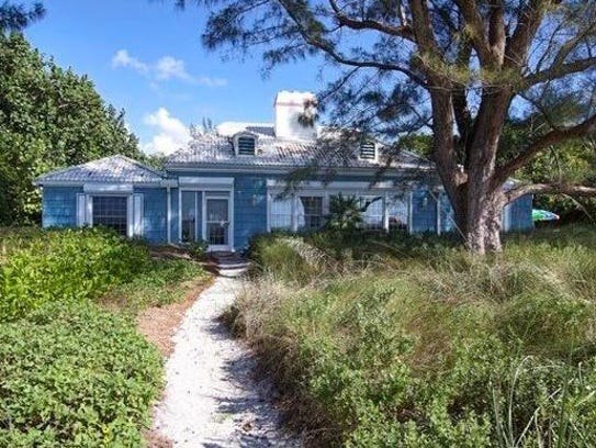 16790 Captiva Drive sold for $5,000,000, making it
