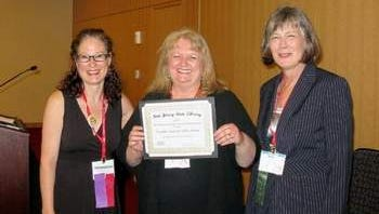 Best Practices in Early Literacy Winner Franklin Township Public Library: Sharon Rawlins, NJ State Library youth services specialist, Anne Lemay, head of youth services, Mary Chute, NJ State Librarian.