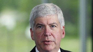 Gov. Rick Snyder says he will sign state budget today.