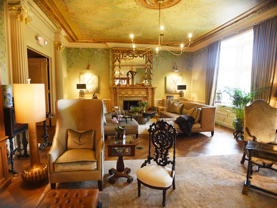 Mansion In May Is Eye Candy For Home Decor Enthusiasts