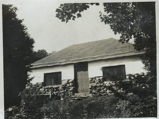 A 1931 photo of the Bolton Lodge.