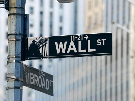 A Wall Street street sign