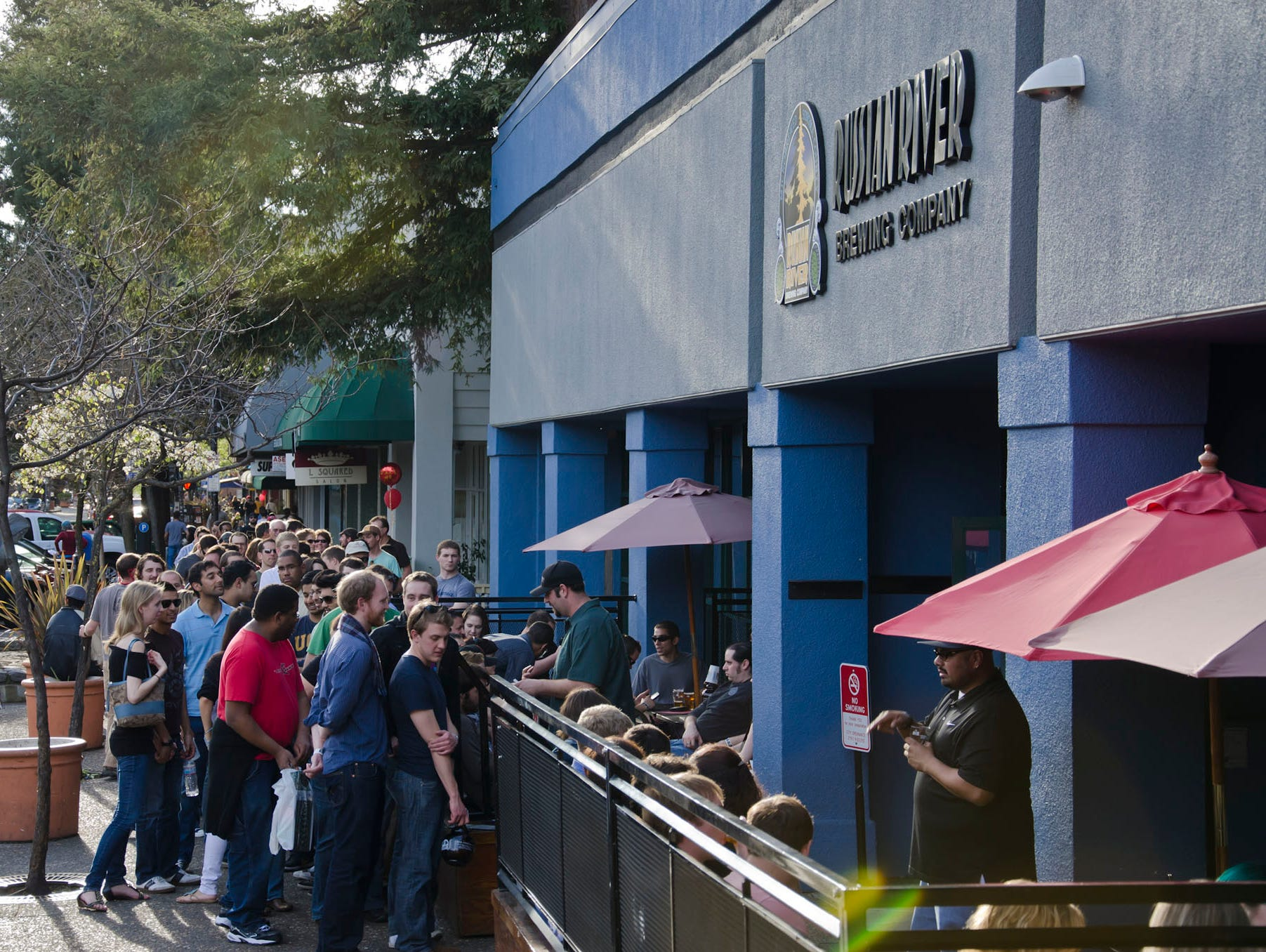 Top 15 craft beer breweries in the usa for Craft store santa rosa