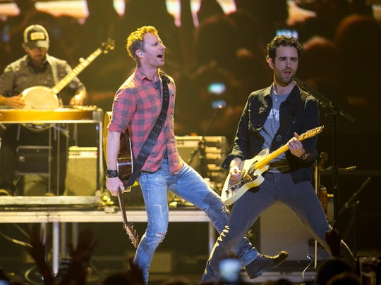 Country star Dierks Bentley performs at the CBS Radio