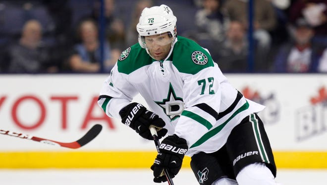 The Red Wings acquired Erik Cole from the Dallas Stars on Sunday for two prospects.