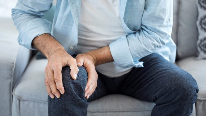 Sufferers of osteoarthritis have difficulty with everyday activities, but a new medical procedure might help them get back into the swing of things.