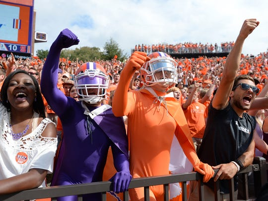 Clemson fans cheer during the 4th quarter against N.C.
