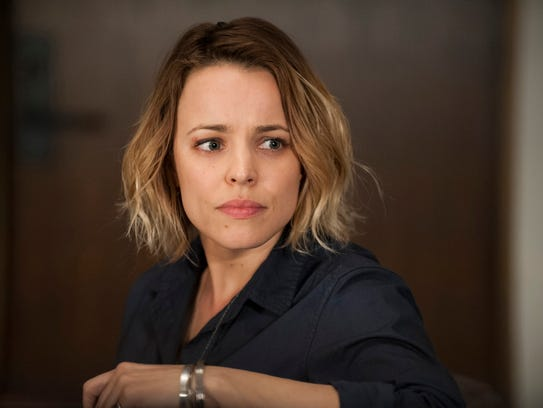 Rachel McAdams is a knife-carrying cop on 'True Detective.'