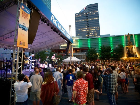 Outdoors and free, Fountain Square is the place to be.