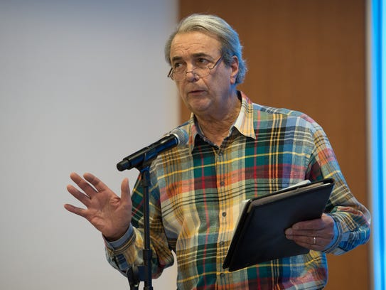 Ken Currie of Dagsboro speaks during the public comment