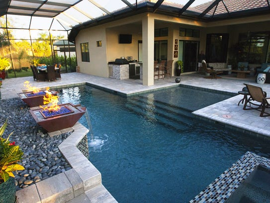 Southwest florida outdoor living for Outdoor living spaces florida