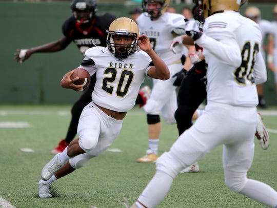 Rider's Tre Byrd changes direction in the freshman