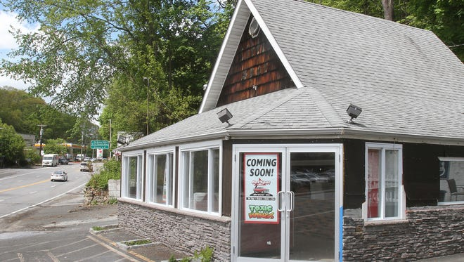 The former Little Spot on Route 22 in North White Plains will soon become the Hot Spot, and Ralph's Italian Ices and Ice Cream will be next door in the former gas station.