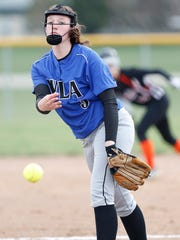 WLA's Becky Pruss pitches against North Fond du Lac