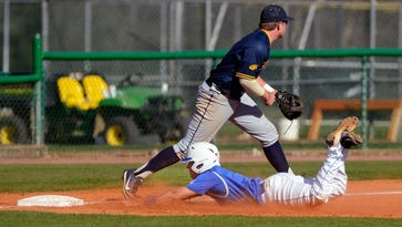 UWF baseball splits doubleheader at second-place Mississippi College