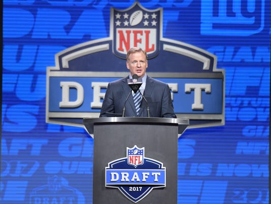 USP NFL: 2017 NFL DRAFT S FBN USA PA