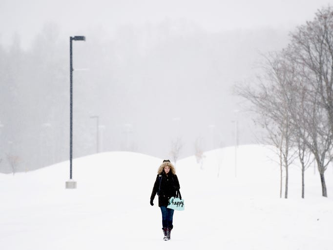 Winter storm covers Ithaca College campus with snow.