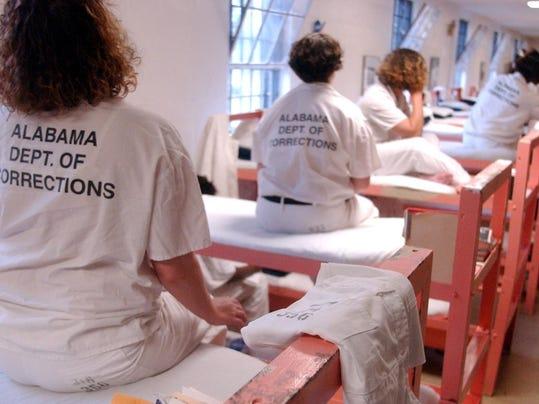 Tutwiler inmates 2 Gallman 2014.jpg