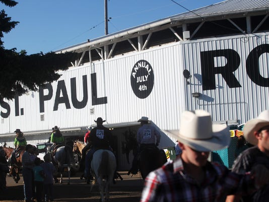 ST PAUL RODEO DAY 2