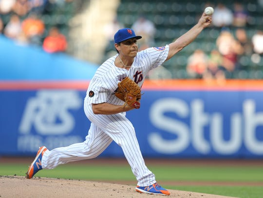 New York Mets starting pitcher Jason Vargas (40) pitches