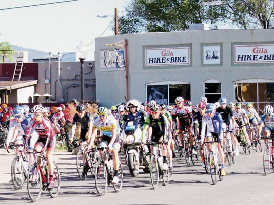 Danny Udero/Sun-News   The UCI Men make their way down Bullard Street in Silver City during stage one of the Tour of the Gila on Wednesday.
