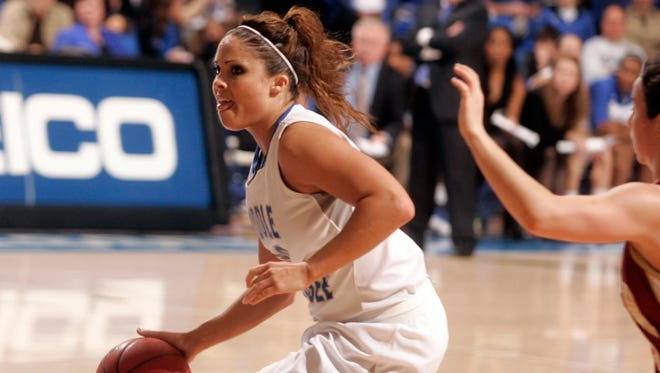 Former Riverdale and MTSU standout Anne Marie (Lanning) Brentz is expected to participate in the inaugural Oakland-Riverdale alumni basketball games Saturday at Riverdale.