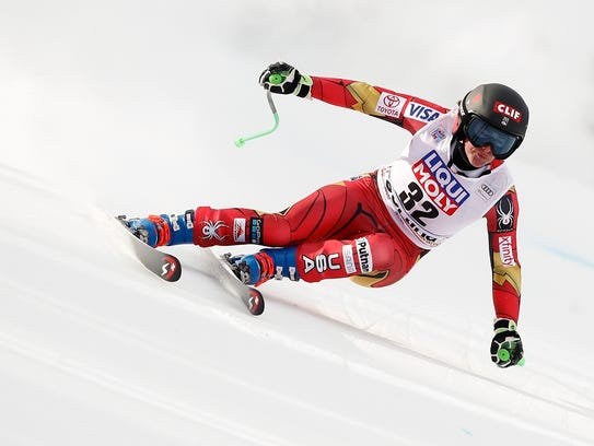 Stacey Cook speeds down the course during an alpine