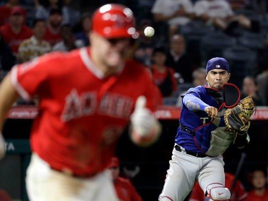 Astros_Chirinos_Baseball_46643.jpg