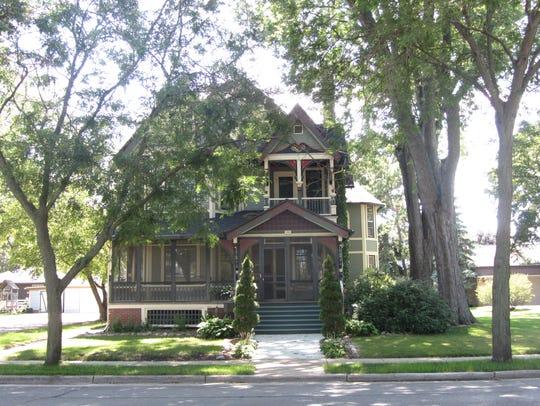Home of Allen Chantelois and Brenda Hill.