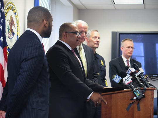 COPS Office Director Ronald Davis (second from left)