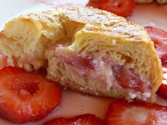 food strawberry-french-toast-sliced.jpg