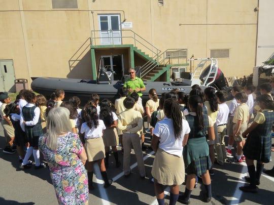 Wardlaw-Hartridge students learn about amphibious vessel
