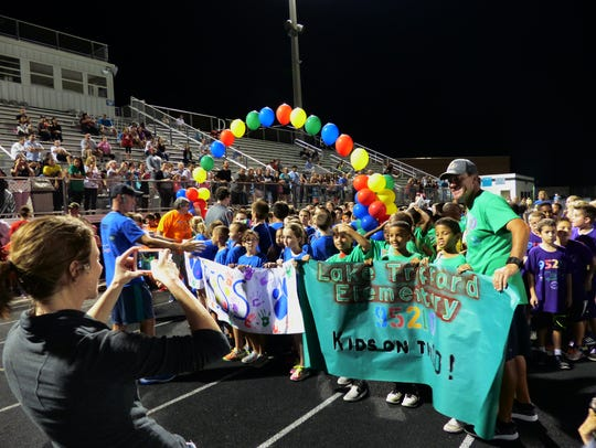 Lake Trafford Elementary students pose before racing