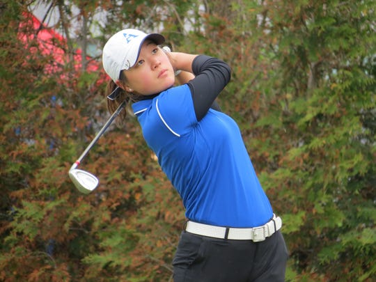 Holy Angels' Kelly Sim, New Jersey's two-time reigning State Girls titlist, partnered with Kelly Behrens to tie for the lowest nine-hole score at the Arcola Girls Invitational.