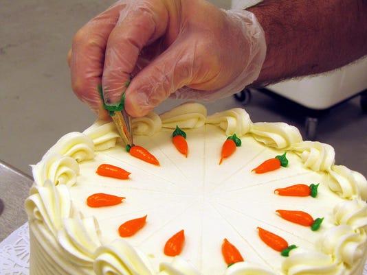 636410750647944406-carrot-cake.JPG